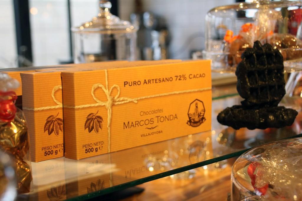 Moments-urbanova-Alicante-restaurante-chocolate-artesano